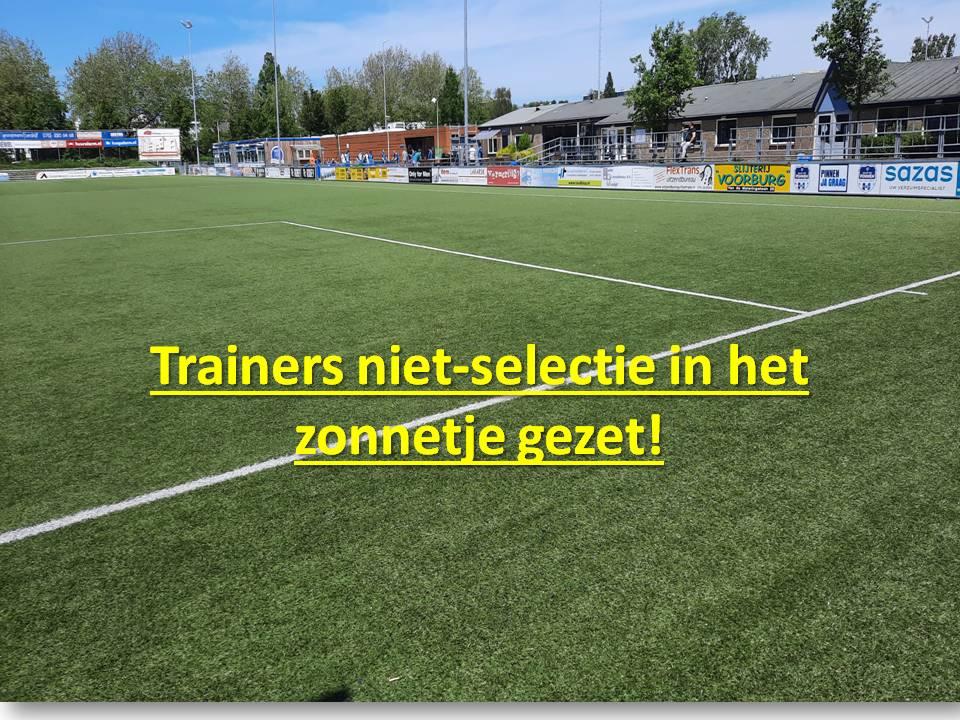 Trainers niet-selectie in het zonnetje gezet!